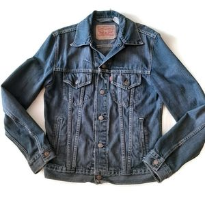LEVI'S Denim jacket...made in Colombia